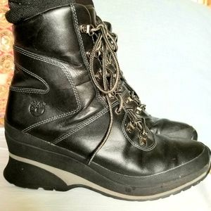 Timberland black leather lace-up wedge heeled boot